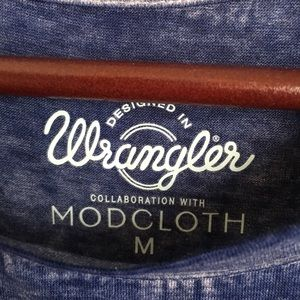Wrangler Tops - Wrangler x ModCloth Good-Natured Graphic T-Shirt